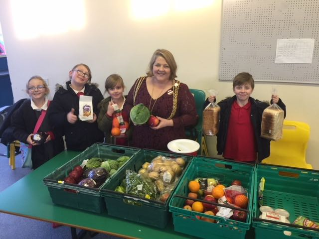 The Lord Mayor Cllr Jane Dowson visits