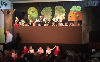Y6 puppet show